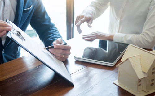 9 Reasons to Hire a Professional Property Manager
